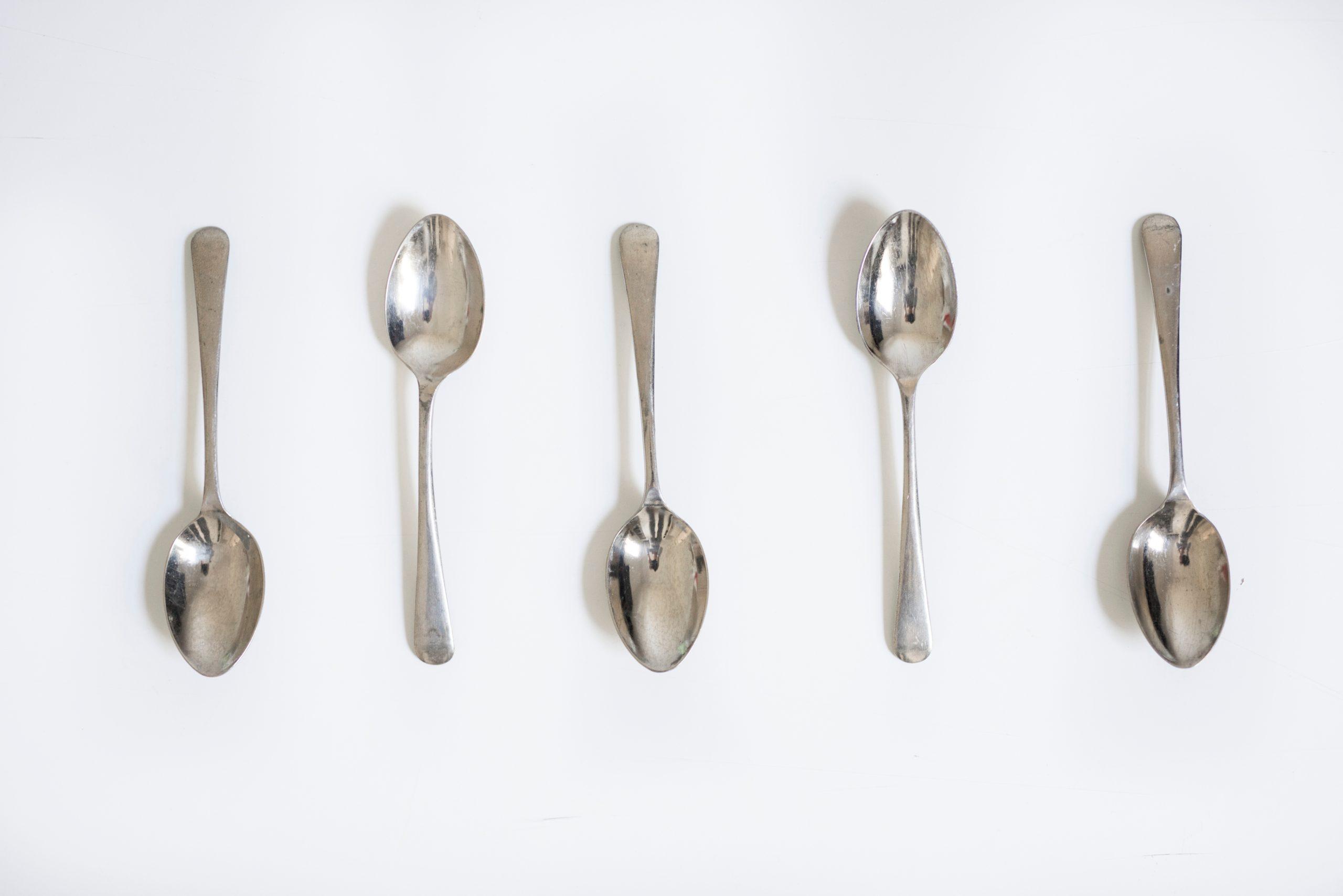 Cómo limpiar la plata - cucharas de plata